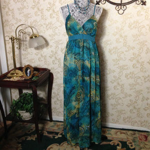Maxi dress by Mlle Cabrielle